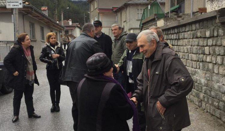 Златоградчани изразиха притеснение пред Дора Янкова за прозрачността на изборите