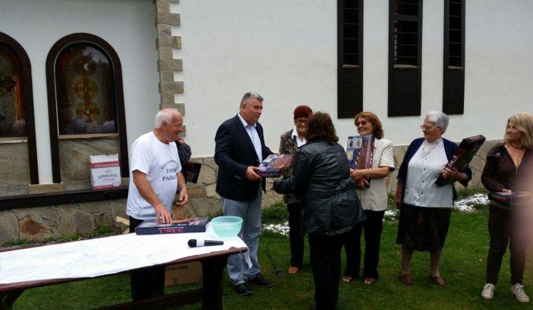 Стефан Сабрутев:  Възрастните хора в Смолян да предават българските традиции на младите